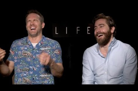 The best of Ryan Reynolds' and Jake Gyllenhaal's bromance on the press tour for 'Life'