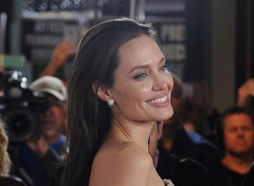 Top 10 Worst Movies from Angelina Jolie