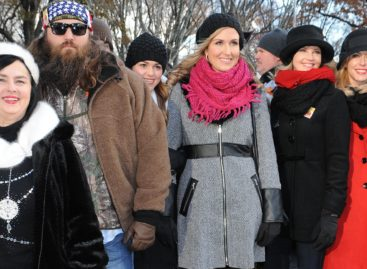 'Duck Dynasty' stars Willie and Korie Robertson to adopt 13-year-old son