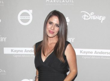 Soleil Moon Frye pays tribute to 'Punky Brewster' co-star George Gaynes following his death