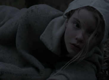 'The Witch' Review: A beautiful descent into madness