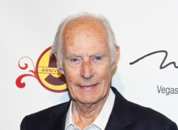 Top 10: What producer George Martin contributed to The Beatles