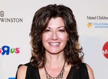 Amy Grant celebrates 25th Anniversary of song 'Baby Baby' with Tori Kelly remake