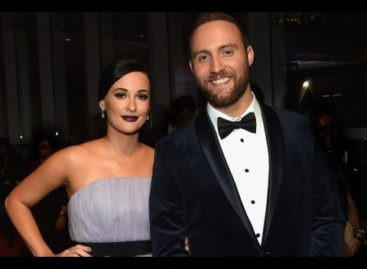 Kacey Musgraves said 'HELL YESSSS!' to getting engaged